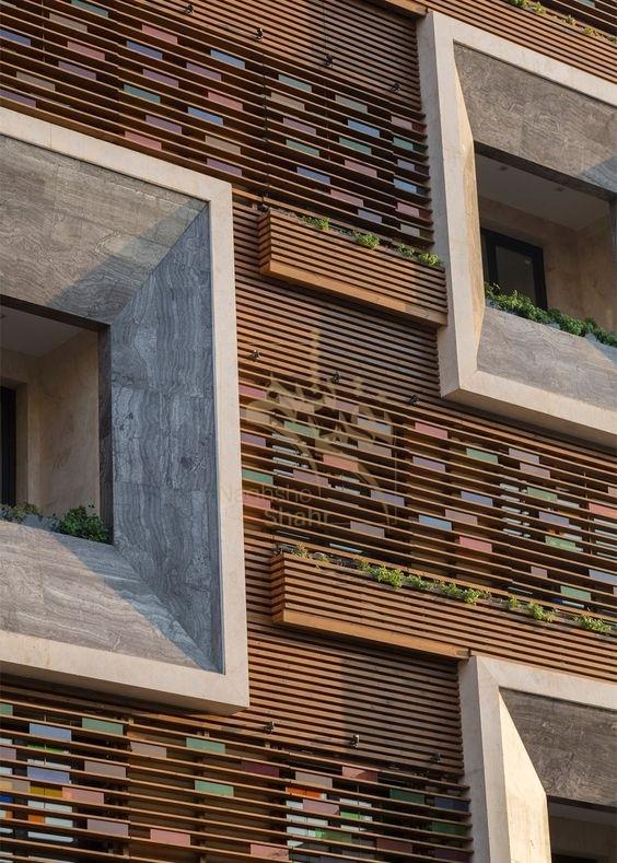نمونه ای از استفاده از ترمووود در طراحی نمای ساختمان