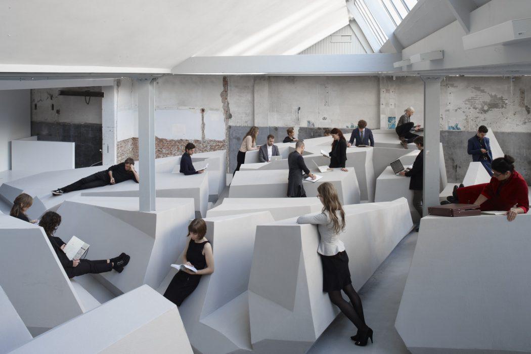 پایان نشستن! مفهومی نوین برای طراحی داخلی دفاتر کار!